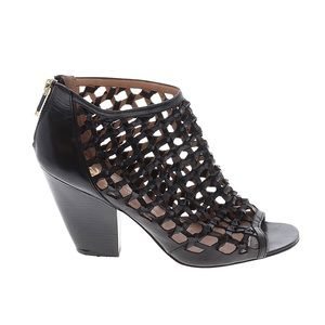 Vince Camuto   Signature Cut Out Ankle Bootie Size 10